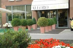 Alloro Suite Hotel Exterior